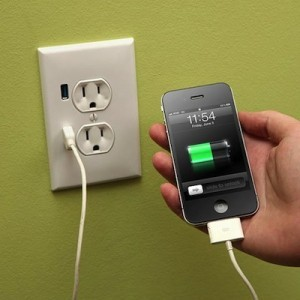 Charge Smart Phone With USB Outlet